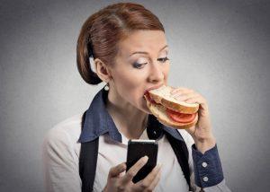 Отрыжка после еды: норма или патология?