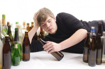 Расстроенный подросток