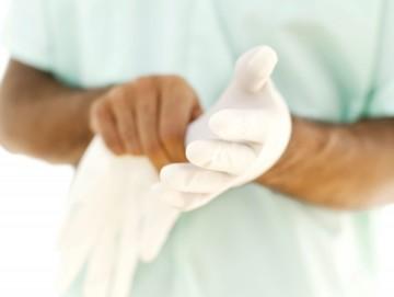 Кровь на туалетной бумаге после опорожнения: что делать
