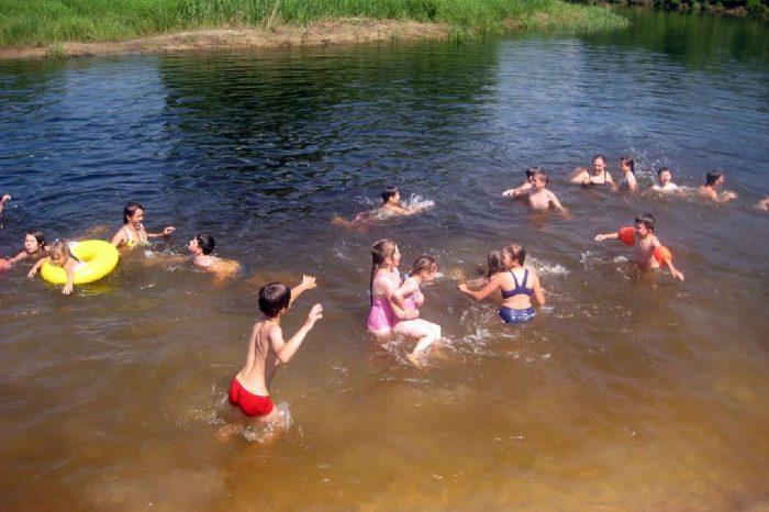 проглатывание воды в процессе купания