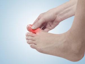 Отчего немеет мизинец на ноге и лечение