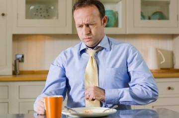 Желудок не переваривает пищу: что делать