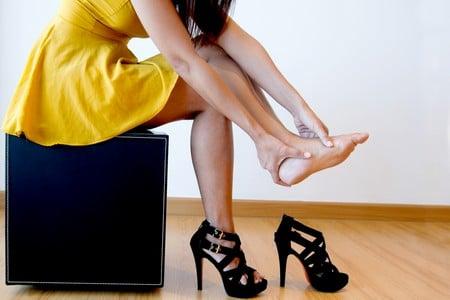 девушка в туфлях