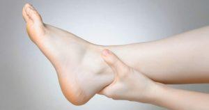 Почему появляются отеки на ногах после кесарева сечения