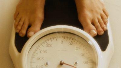 влияет ли курение на вес