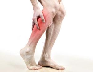 болят ноги